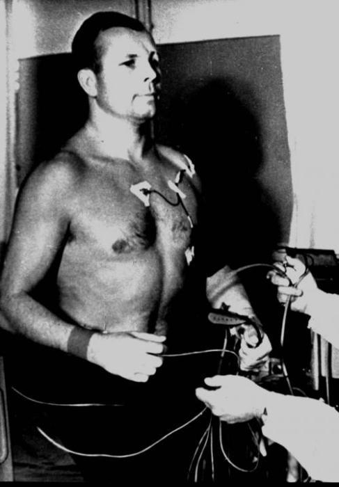 Обследование у обоих претендентов было проведено 2-го апреля 1961 года. | Фото: livejournal.com