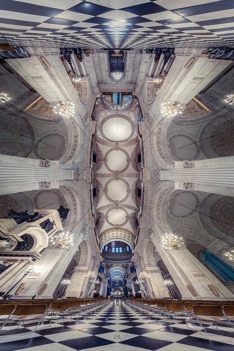 Грандиозный Собор Святого Павла со своим впечатляющим интерьером является резиденцией епископа Лондона.