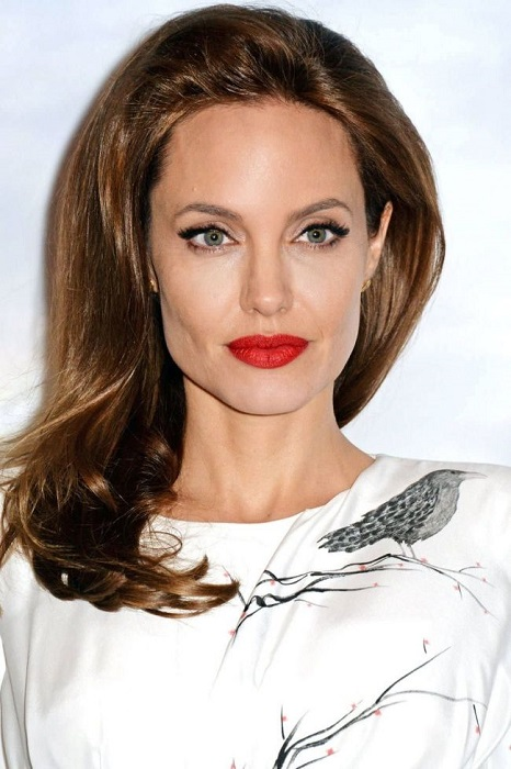 39-летняя актриса неоднократно признавалась самой красивой женщиной в мире.