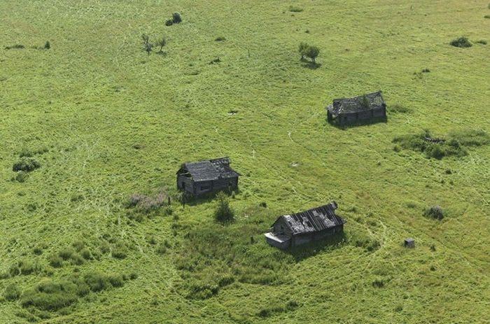 Одна из заброшенных деревень в Ярославской области.