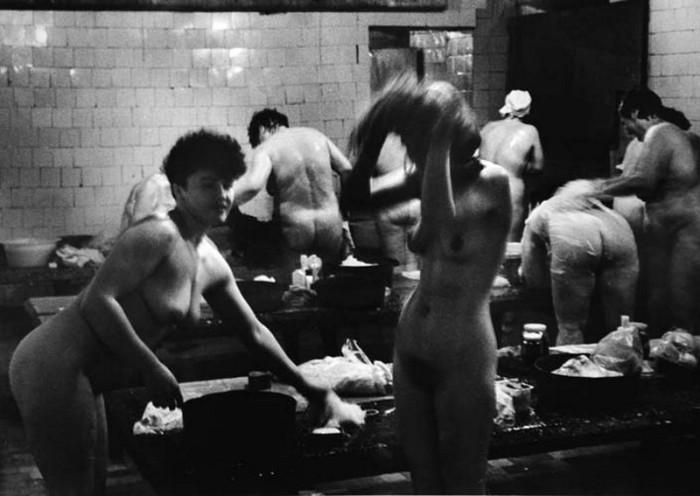 Традиция мужского и женского дня в бане родилась в России в середине XVII века.