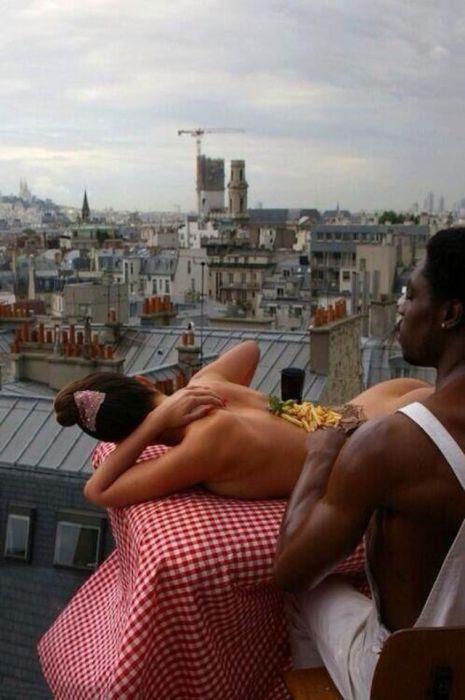 Эдди Мерфи завтракает в Париже, 1985 год.