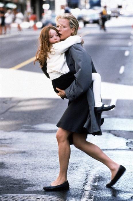 Айрленд Болдуин – так зовут дочку актрисы, которая родилась в 1995 году, когда Ким исполнился 41 год. /Фото: filmografnet.ru