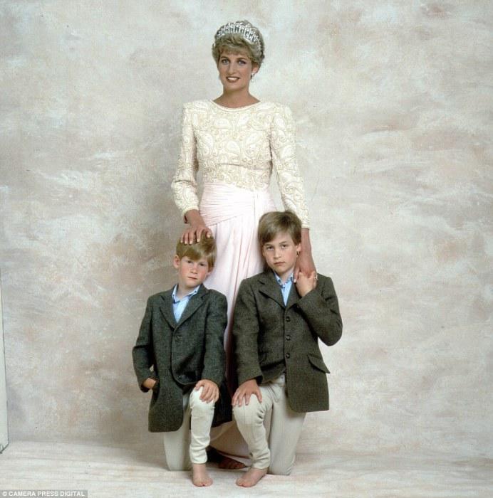 Диана со своими наследниками.