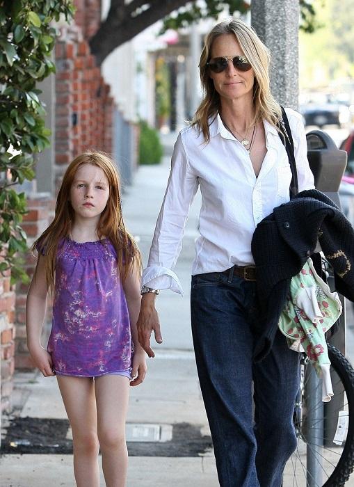 В 2004 году родила дочку Макену Лей, когда ей исполнилось 42 года. /Фото: foto4ka.com
