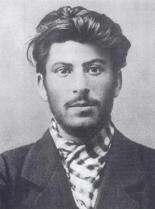 Советский государственный и партийный деятель, Герой Социалистического Труда, Герой Советского Союза, Маршал Советского Союза, Генералиссимус Советского Союза.