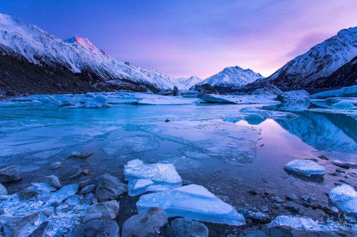 Лед, который постепенно тает.