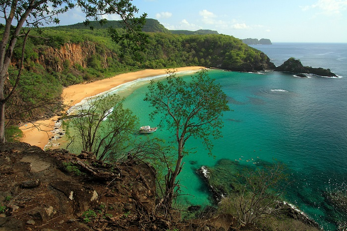 Национальный морской парк - нетронутый край для истинных ценителей природы.