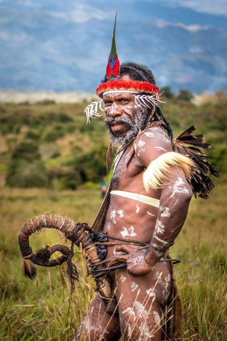 Мужчины в расцвете сил носят прямой холим, мальчики и старики – кривой или с закрученным наконечником.