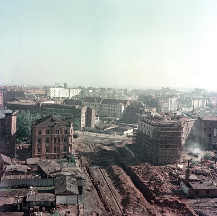 Вид с высоты на улицу Кирова - одну из самых старых в Минске.