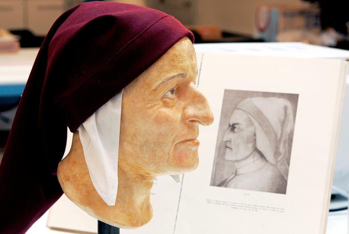 Итальянский поэт творивший на рубеже XIII и XIV веков.