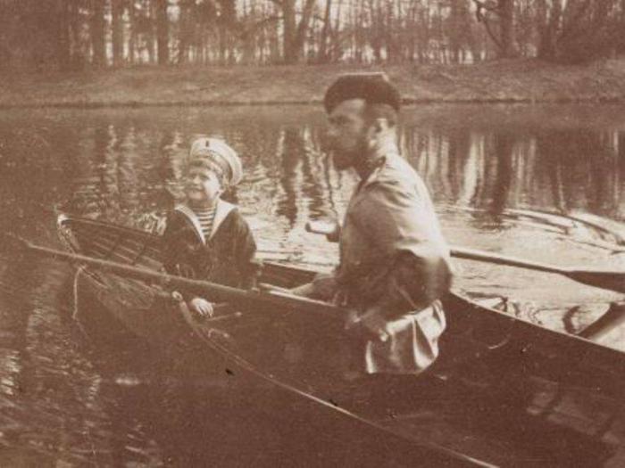 Катание на лодке, 1913 год.