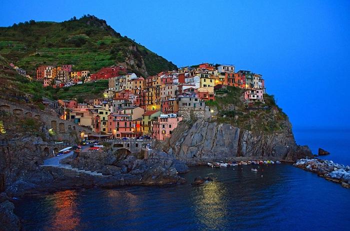 Невелике рибальське містечко в Лігурії.
