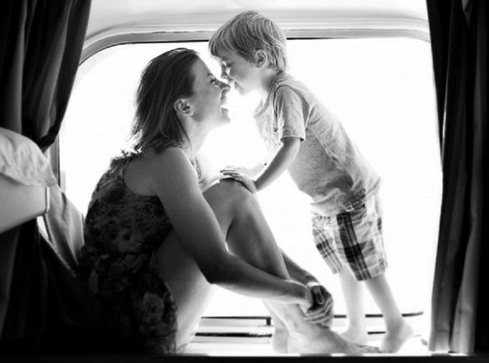 У мамы всегда есть ответы на любые бесконечные «Почему? Зачем? Когда? Где? Кто? Куда?»