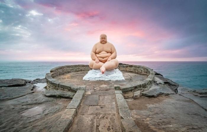 «Банк (2017)» Произведение китайского скульптура Му Бояна. Автор фотографии: (R. Duggan) Дугган.