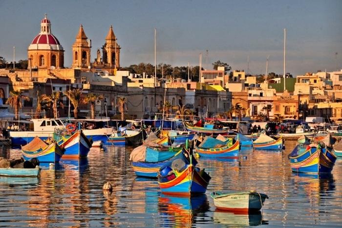 Найбільший і найвідоміший рибальське селище на Мальті.