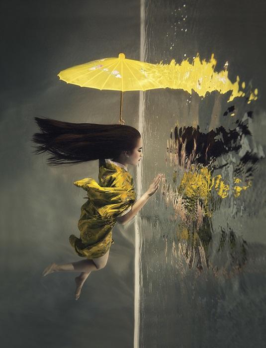 2-е место в категории «Концептуальный кадр» занял яркий снимок чешского фотографа Люси Дриковой (Lucie Drlikova).