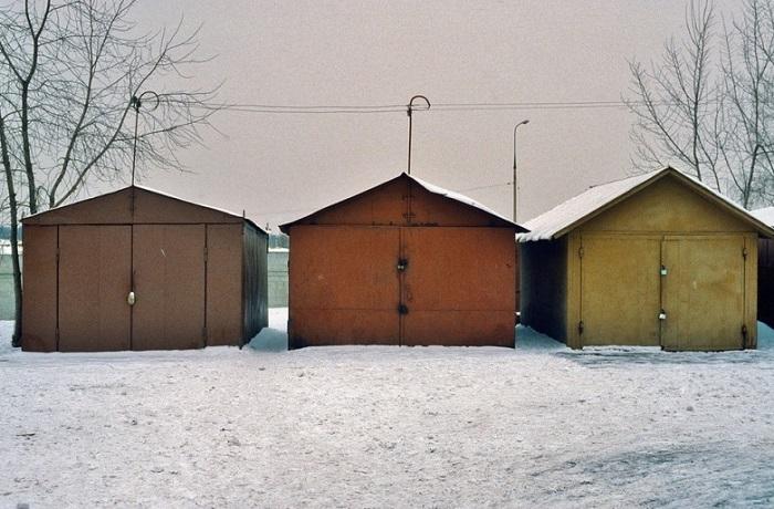 Гаражи существовали во многих дворах многоэтажек.