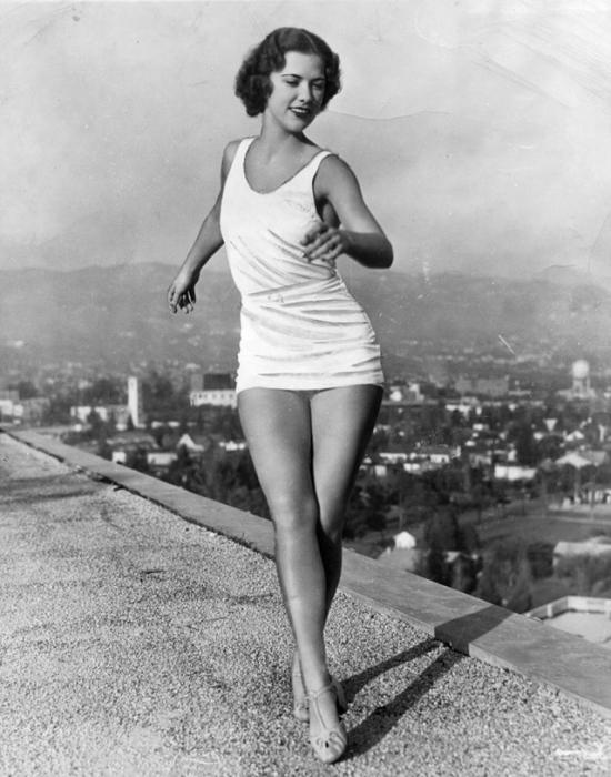 Американская актриса и танцовщица 1930—1940-х годов, известная своими танцевальными номерами.