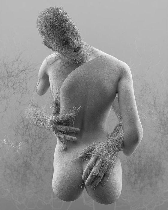 Неполный фрагмент человеческих тел, которые обнимаются в порыве страсти.