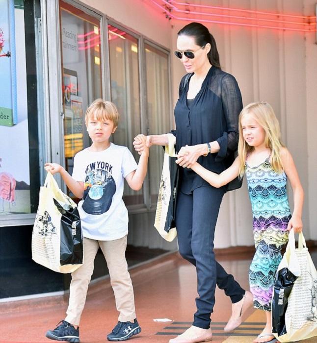 С самого рождения белокурые звёздные дети оказались под пристальным вниманием прессы. /Фото:zimbio.com
