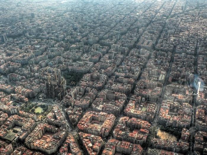Плотность застройки города одна из самых высоких в Европе.