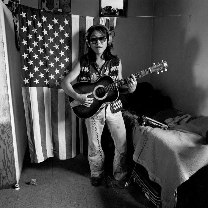 Местный диджей. Ньюток, Аляска, июль 1977 год.