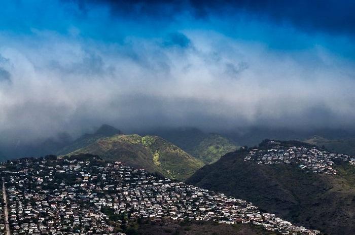 Вид на город с вулкана.