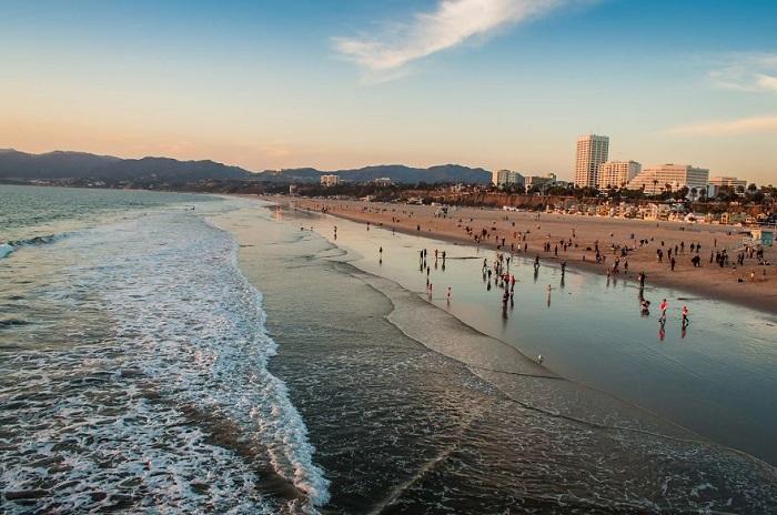 Пляж Лос-Анджелеса.