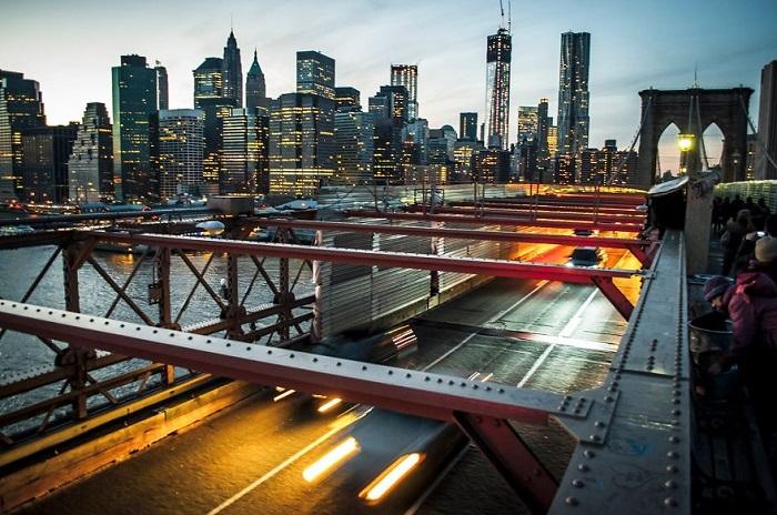 Старейший висячий мост США.