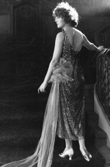 Пик карьеры американской актрисы немого кино пришелся на 1910-1920-е годы, во время которых Глэдис была одной из самых молодых звезд кинематографа.