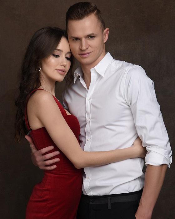 Российская модель и известный футболист в этом году стали счастливыми родителями – в их семье появилась дочка.