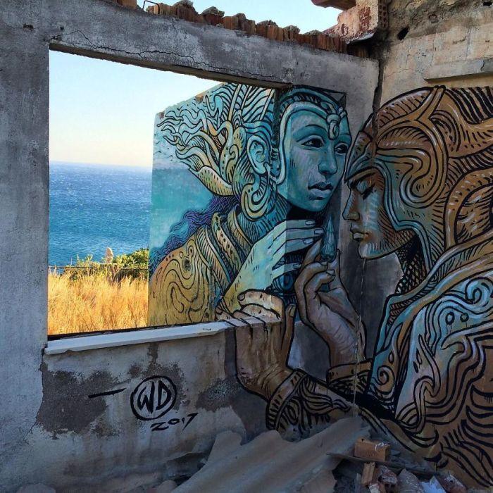 Рисунок, созданный художником на стенах разрушенного здания острова Крит, Греция (2017 год).