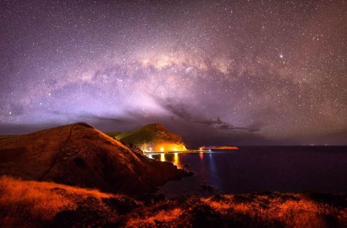 Неяркая светящаяся белесая полоса неправильной формы на звездном небе, невидимых отдельно невооруженным глазом.