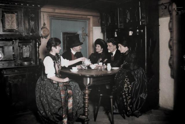 Автор фотографии: Вильгельм Тобиен (Wilhelm Tobien).
