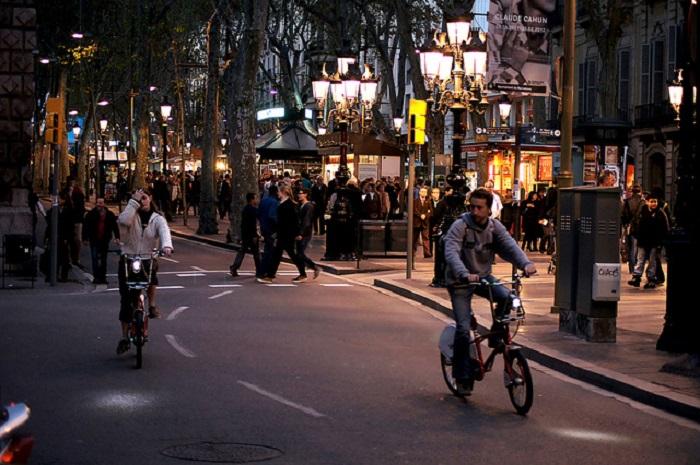 Велосипеды — это новый вид альтернативного городского транспорта.