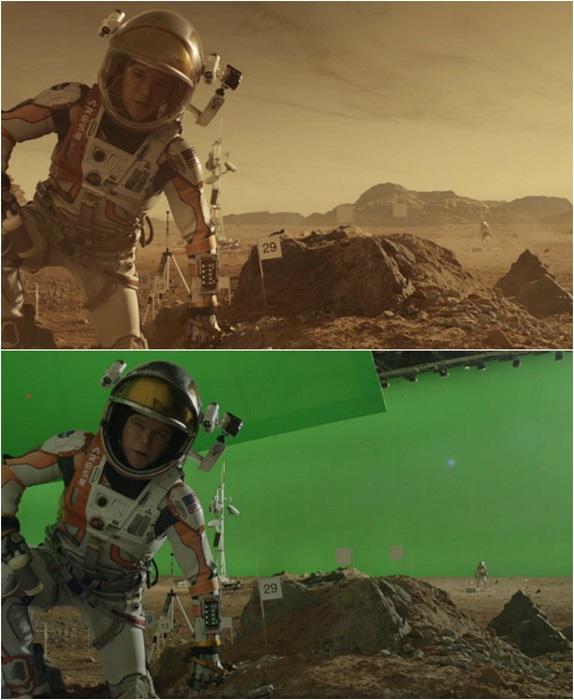 Мэтт Деймон на фоне марсианских пейзажей.