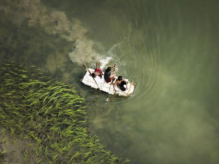 Самодельный плот, Бангладеш. Фотограф: Apu Jaman.