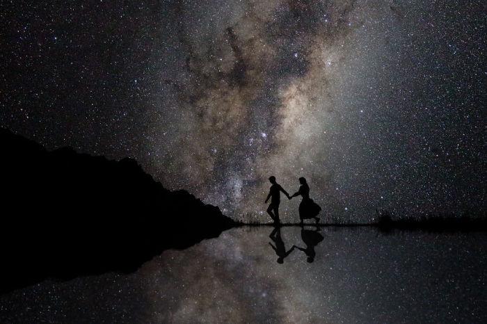 Авторы снимка – фотографы Сирьяна Сингх (Sirjana Singh) и Бен Лейн (Ben Lane) из Новой Зеландии.