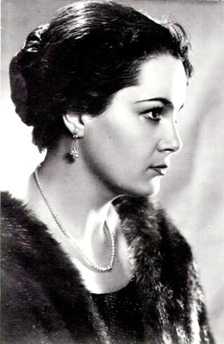 Выдающаяся советская и российская актриса театра и кино.   Фото: freetorr.org.
