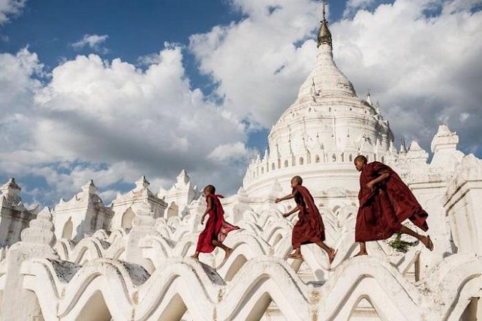 Карбэджо Родригес (Carbajo Rodriguez), Мандалай, Мьянма.