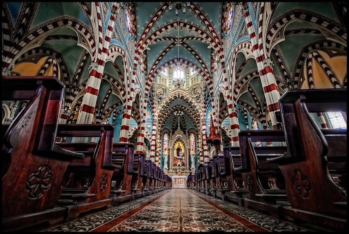 Религиозный храм, который стоит посетить побывав в Колумбии.