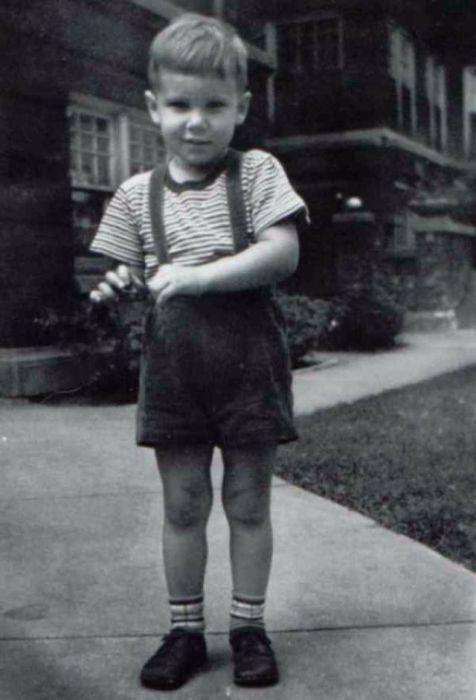 До начала актерской карьеры Харрисон считался одним из лучших плотников в Голливуде.