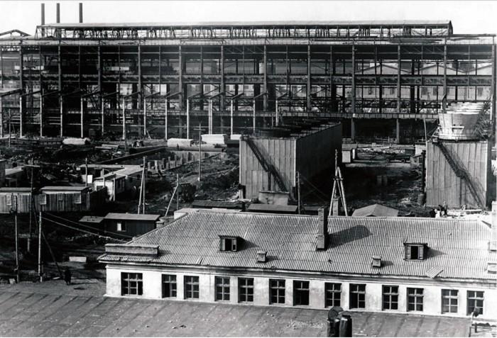Строительная площадка в Усть-Катаве, 1947 год.