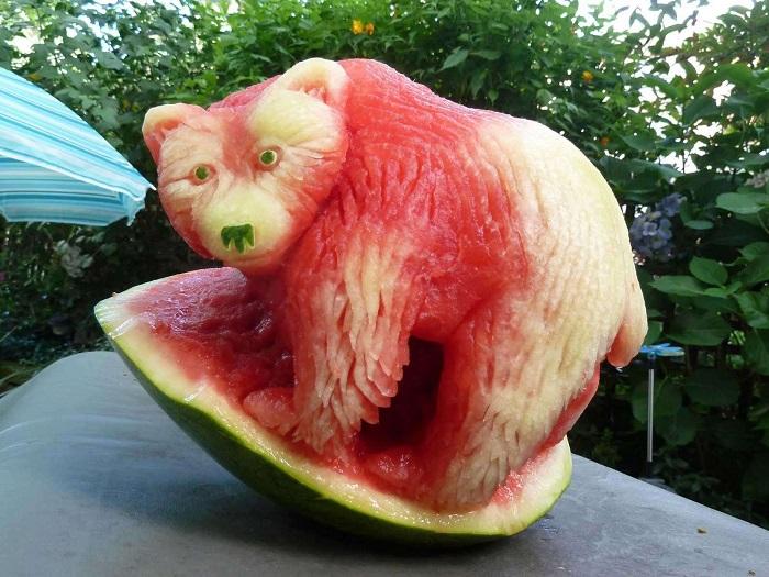Очаровательный мишка произведение мастера Клайва Купера.