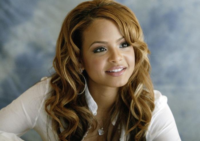 Американская актриса и певица афро-кубинского происхождения.