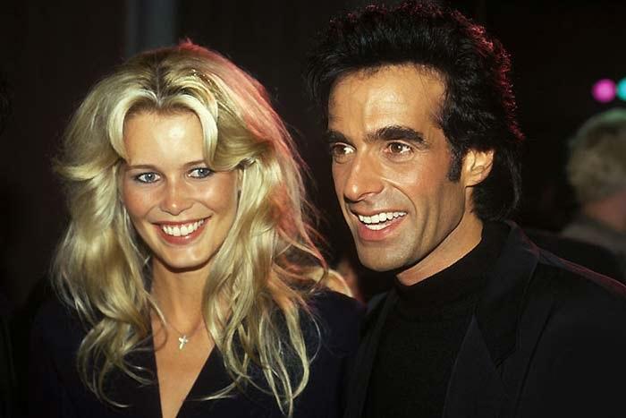 57-летний американский иллюзионист-миллионер Дэвид Копперфильд и 28-летняя французская моделью Клаудия Шиффер. /Фото: newrezume.org