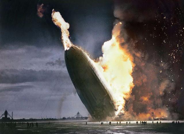 Крушение самого большого дирижабля «Гинденбург», в которой погибли 35 человек, ознаменовало конец эры пассажирских воздушных кораблей.