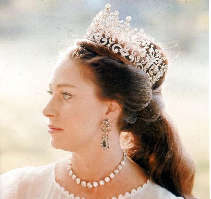 Изысканный образ Маргарет во всей красе.