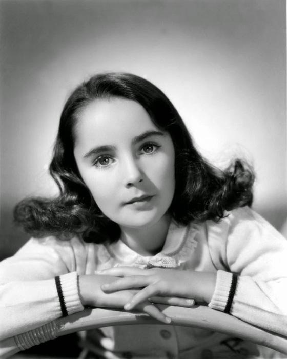 Элизабет начала сниматься в кино довольно рано.